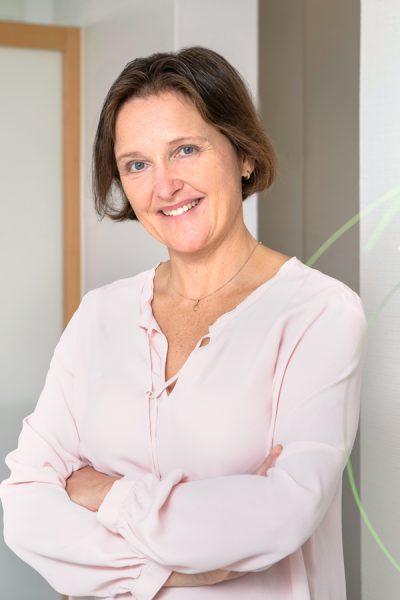 Frau Dr. Scherzer